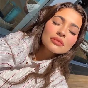 Sweater Weather Matte Lip Kit Kylie Cosmetics